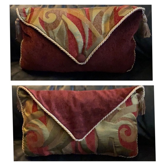 Reversible Cushion w/ Brocade & Tassels...like NEW